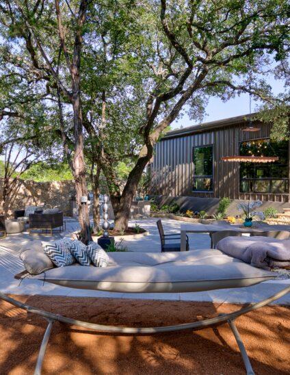 Outdoor Living modern xeriscape